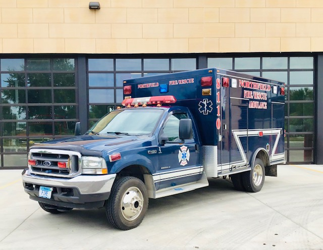8110, 2002 Ford F-450 Road Rescue Ambulance